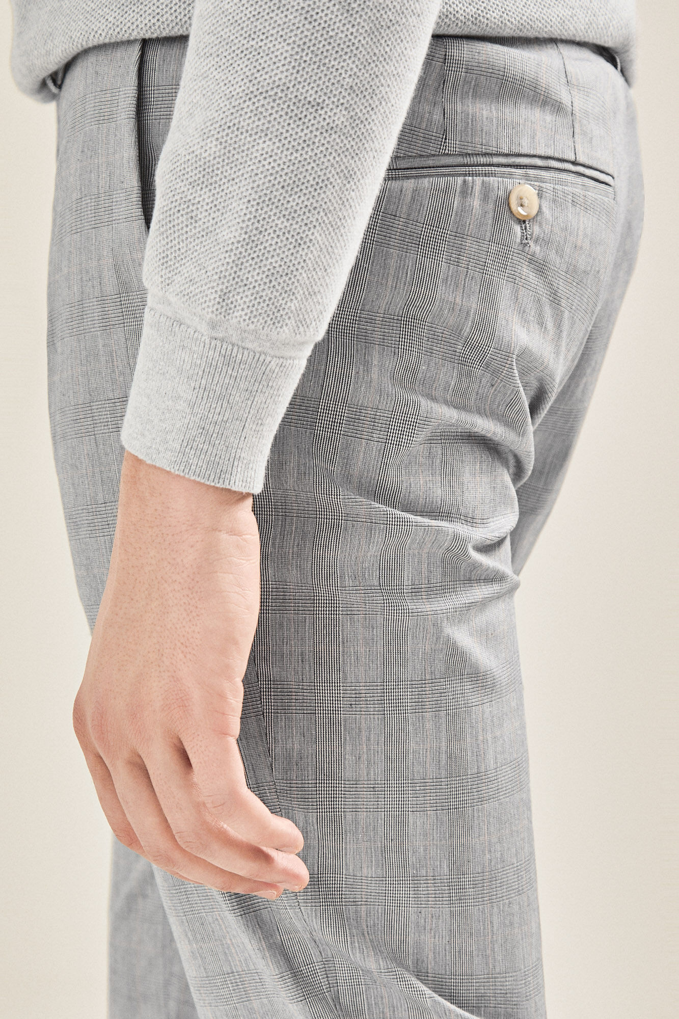 de48c3033130 Prince of Wales check chinos | Trousers | Cortefiel Man & Woman