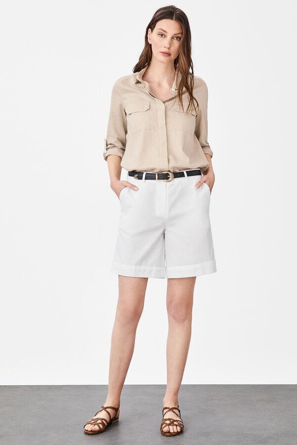 ca60e9b2 Cortefiel Pantalón corto de lino Blanco