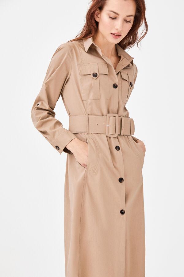 20537f116 Cortefiel Vestido camiseiro com bolso de carga Beige