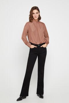 Pantalones Vaqueros Tipo Campana De Mujer Nueva Coleccion Cortefiel