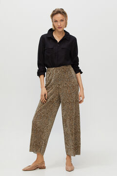 Cortefiel Pleated cropped trousers Natural