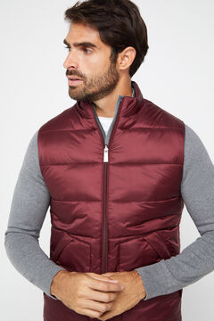 Cortefiel Reversible quilted gilet Fuchsia