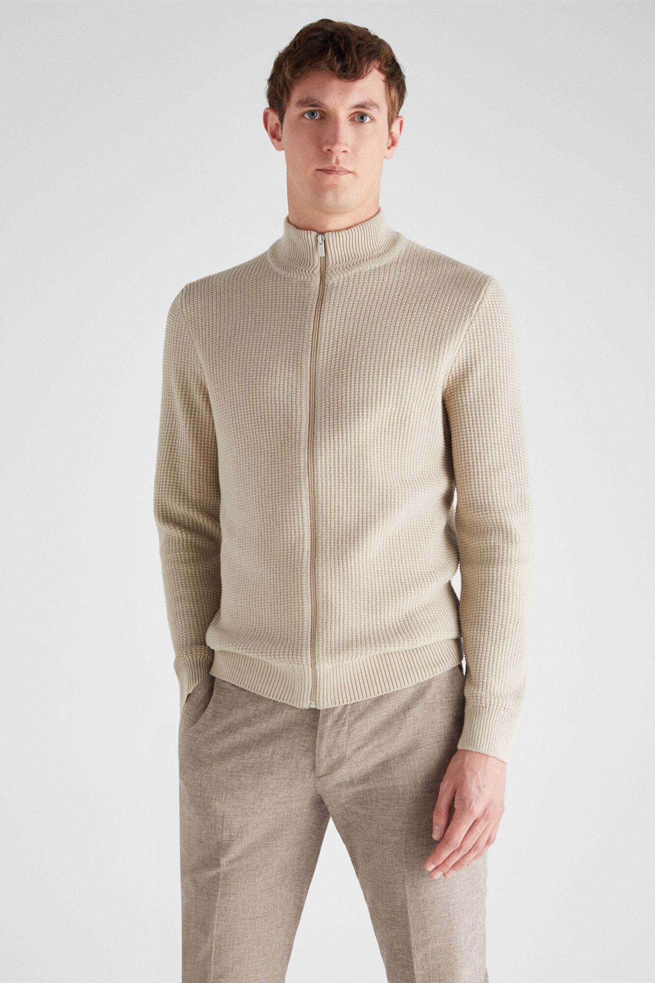 Pullovers e casacos de malha de homem | Cortefiel