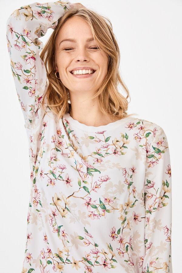 1664d3dd8260a Blusas e camisas de mulher