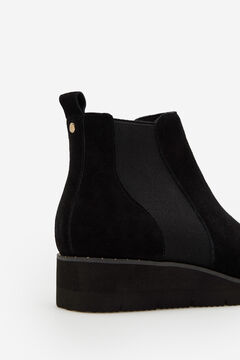 Cortefiel Ultralight sole leather ankle boot Black