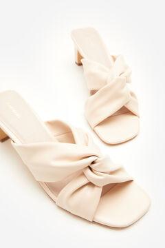 Cortefiel Sandalia nudo suave Blanco