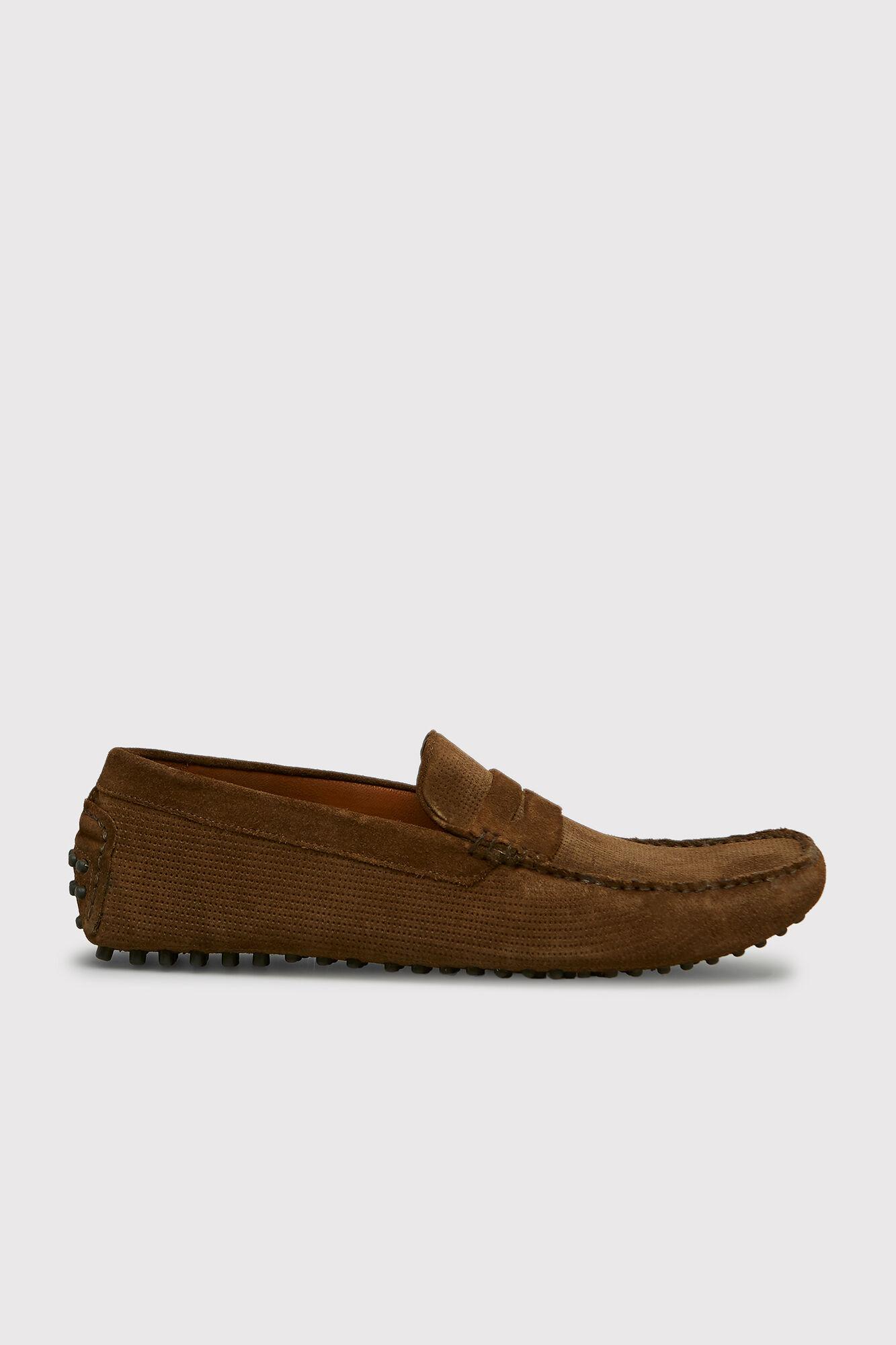 de13e026b50   Split leather moccasin shoes with saddle strap. Cortefiel. Cortefiel
