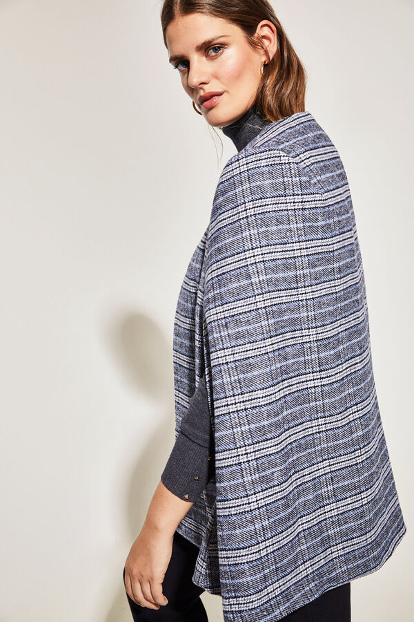 Cortefiel Checked cape with button Printed 2f0f21d50f23
