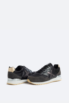 Cortefiel Munich women's trainers in black  Black