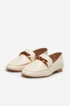 Cortefiel Soft loafer with mock tortoiseshell chain Ecru