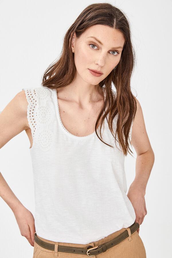 9f0abbe40 Cortefiel Camiseta parche bordado Blanco