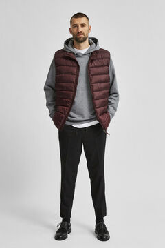 Cortefiel Recycled filling gilet Plum
