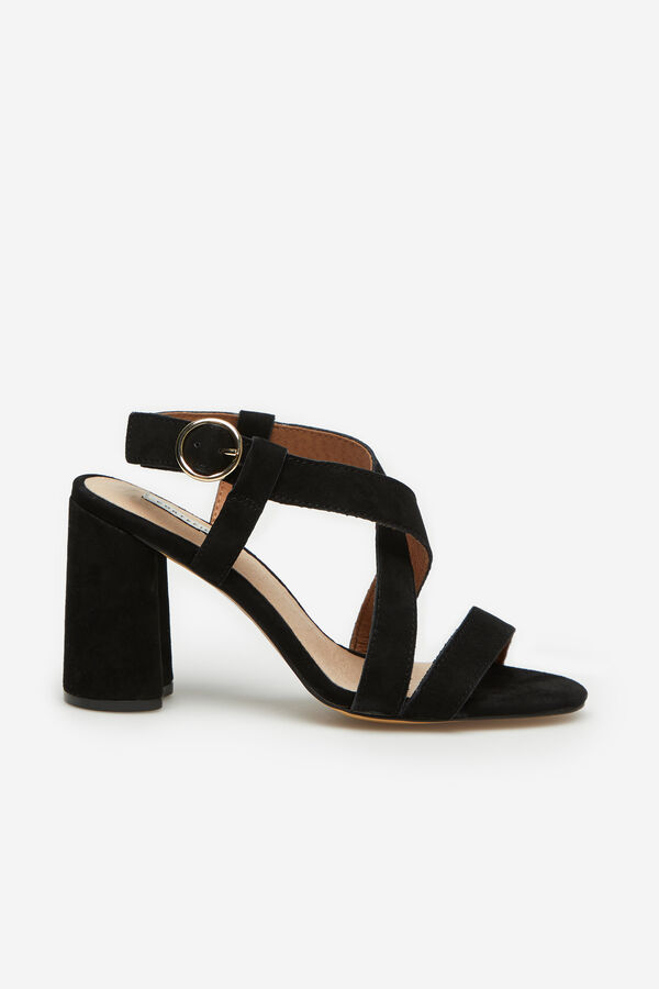 690adc88fbe67 Cortefiel Leather sandal with crossover straps Black