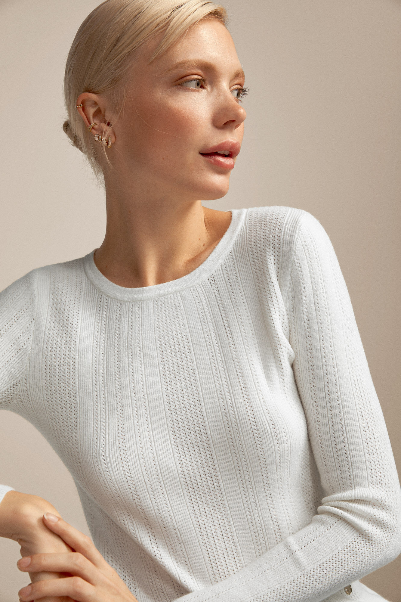 Sweater gola caixa renda | Malhas e cardigans | Cortefiel