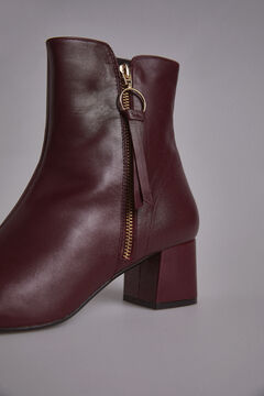 Pedro del Hierro Ankle Boot with Round Toe Red