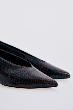 Pedro del Hierro Court shoe in black and brown snake embossed leather Brown