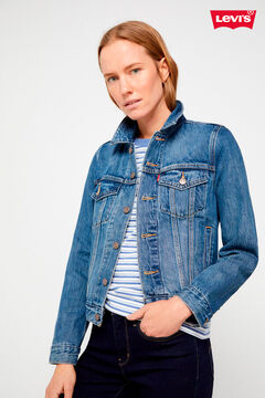 Levi's® jeans, trucker jacket and t-shirt set