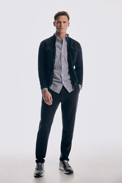 Set of zipped cardigan, striped shirt, chino trousers and leather sneakers